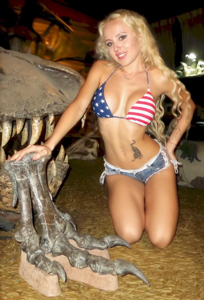 Allosaurus foot
