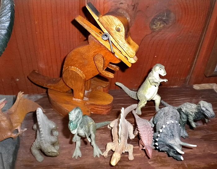 Dinosaur-Clothespin