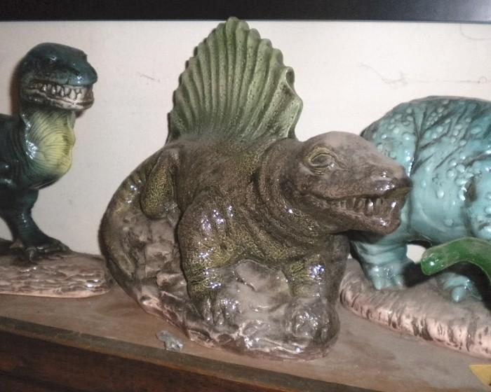 ceramic-Dimetrodon-model-
