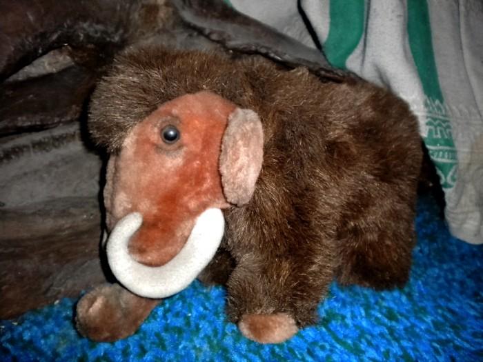 plush-Mammoth-