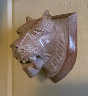 soapstone Smilodon head