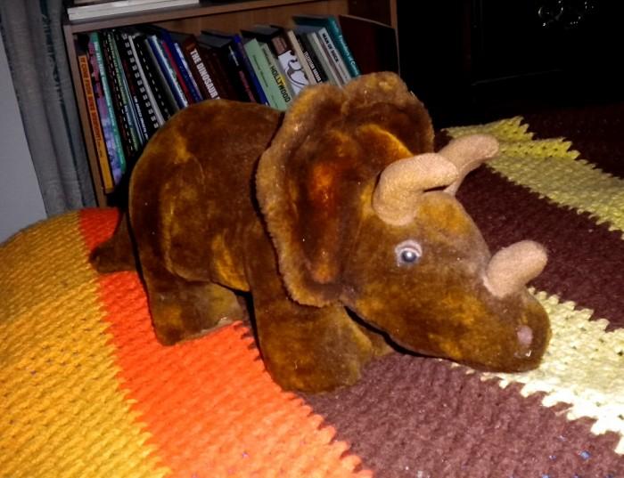 plush-Triceratops
