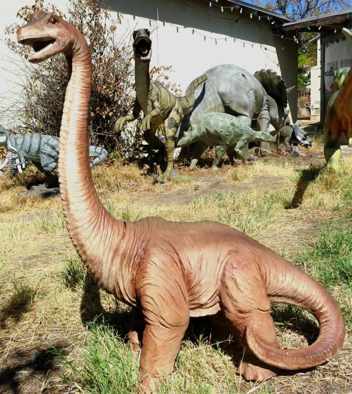 Brachiosaurus statue