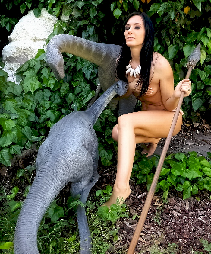 sauropod-statues-700x8411