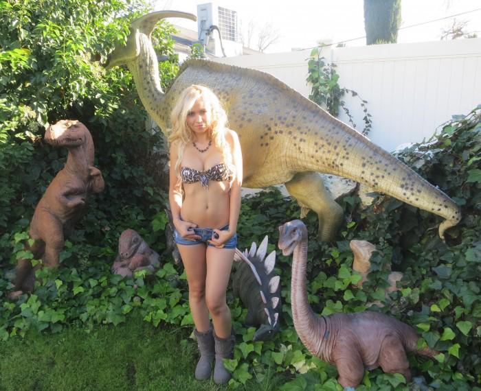 Parasaurolophus statue