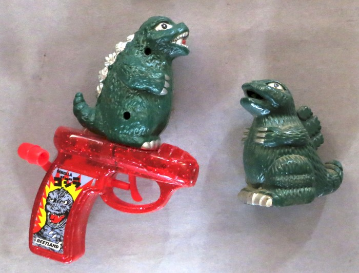 Godzilla gun & lighter