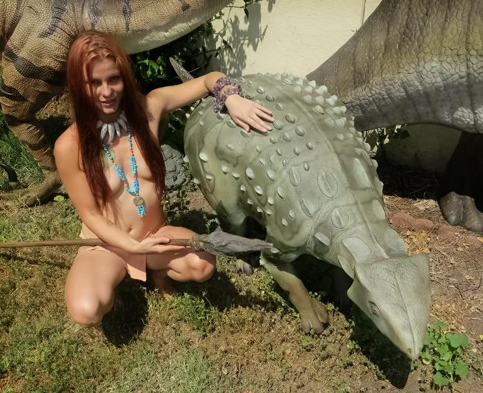 Iguanodont1-700x697