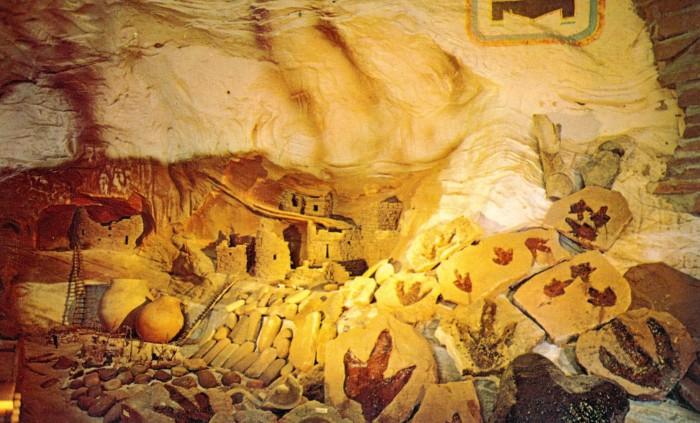 Moqui Cave footprints