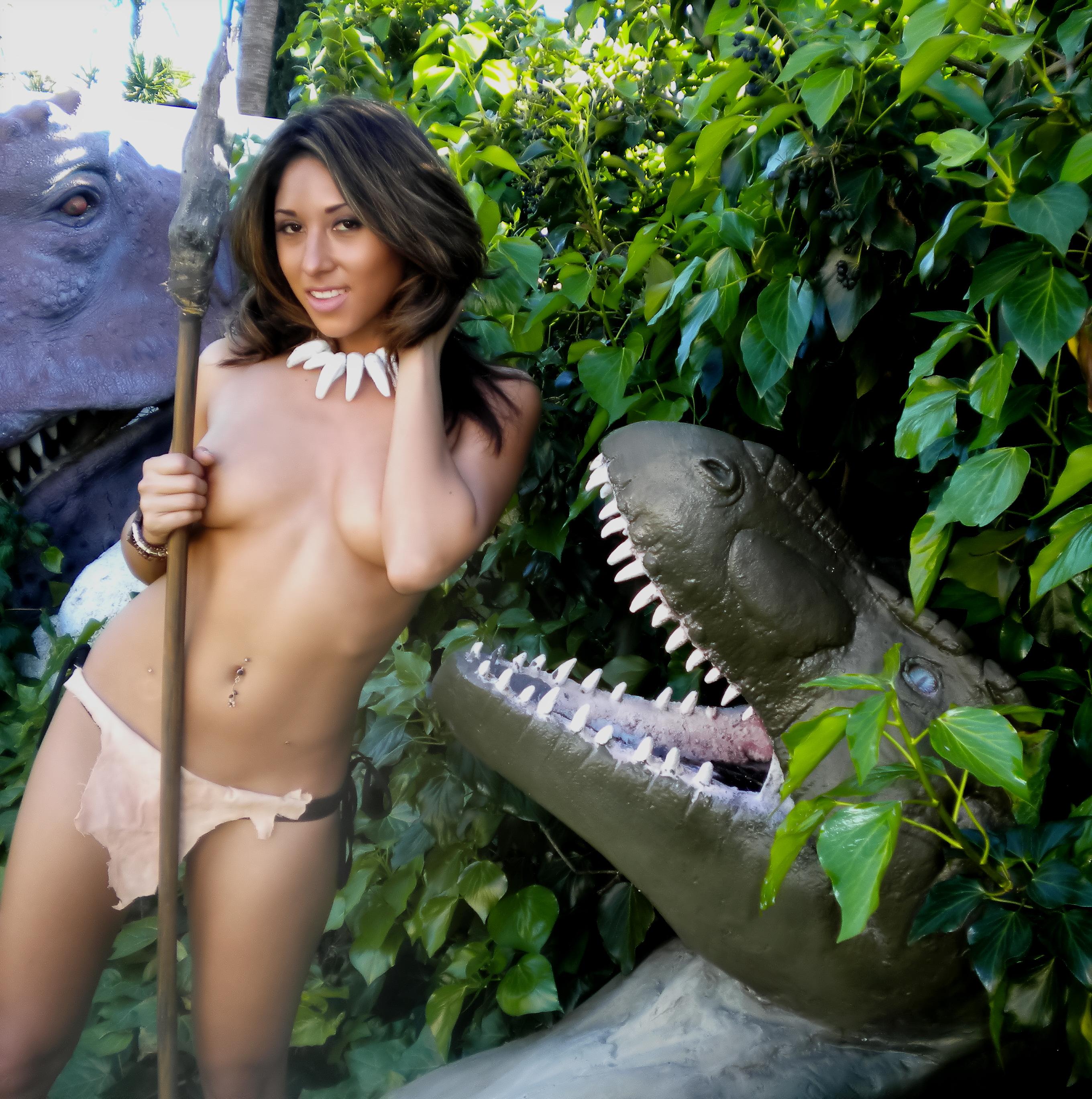 http://donglutsdinosaurs.com/wp-content/uploads/2014/09/trophy-head.jpg