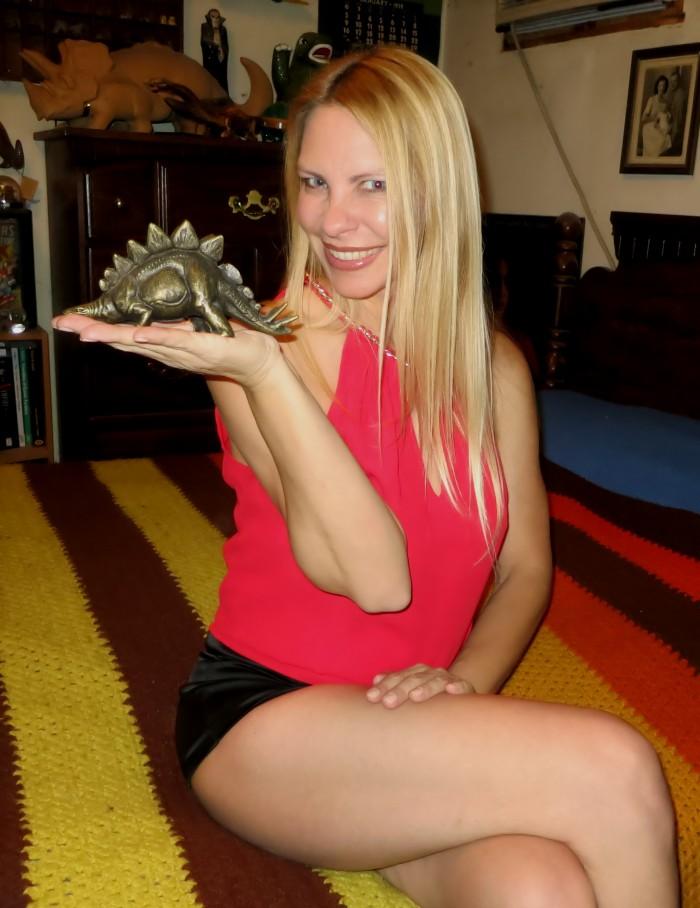 Stegosaurus metal bank